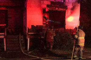 2 dead, 13-year-old injured after 6th Avenue house fire early this morning in Columbus