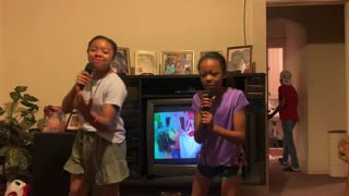 Avery & Aubrey Bell live in Karaoke night